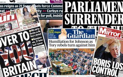 """""""Boris is de controle kwijt"""", """"Johnson vernederd"""" en """"Over naar jullie, Britten"""": de voorpagina's van de Britse kranten"""